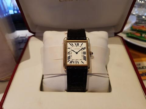 [For Sale] Cartier Tank Solo Yellow Gold with Steel Caseback – W5200004