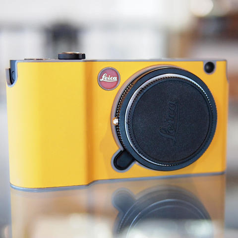 Leica T Body Only Plus Case Yellow - LIKE NEW !!!