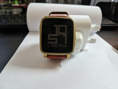 Pebble Time Steel Gold Smart Watch