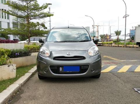 Nissan March XS AT 2012 grey, type tertinggi