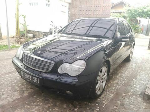 Mercedes benz C200 2001 low miles istimewa
