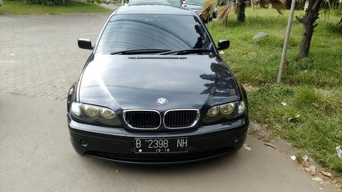 BMW 320I FACELIFT 2004 BLACK ON BLACK