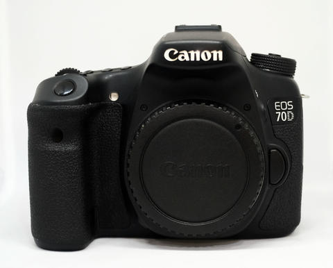 Canon 70D Body Only WiFi SC 28xxx Komplite & Mantaps