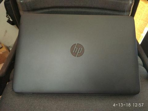 "HP Elitebook 850.. SLIM.. core i7 4600m... vga AMD HD7700.. layar 15,6""... batre OK"