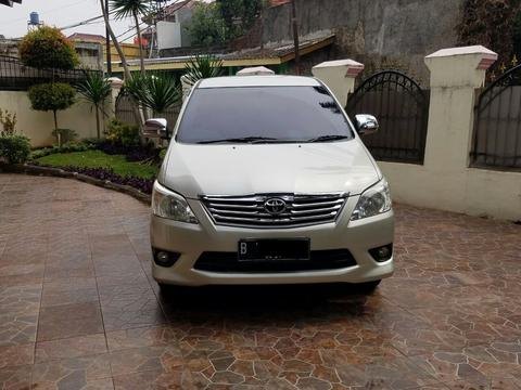 TOYOTA KIJANG INNOVA TYPE G AUTOMATIC 2013 SILVER