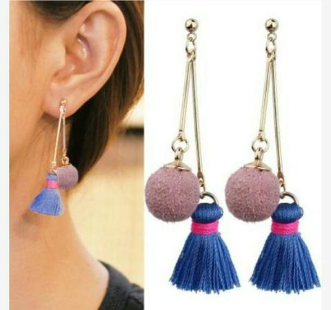 Anting Korea PomPom Long Stem Tassel