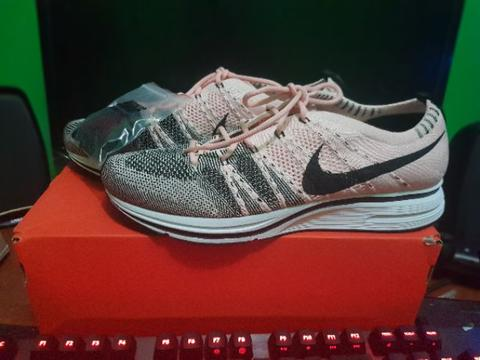Nike Flyknit Trainer, Sunset Tint (BNIB, original 100%)