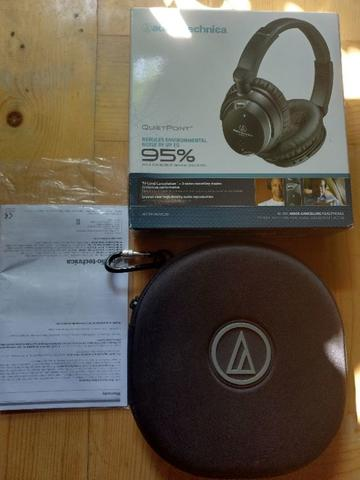 Audio Technica ATH-ANC9 High Quality Active Noise-Cancelling Headphones