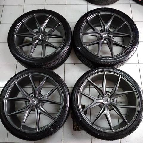 Velg Racing Misano Ring 22 Pcd 5X114,3 Lebar Rata 9 Offset 40 Plus Ban Toyo Proxes 4