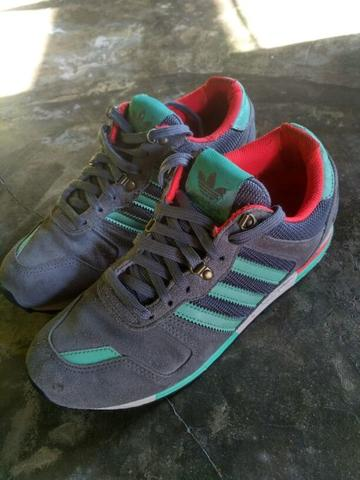 Sepatu Adidas ZX700 Original second 2nd good conditions