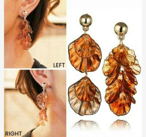 Anting Bohemian Retro Simple Acrylic Shell Asymmetric