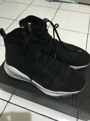 purchase cheap 9a55d 4d7d6 Sepatu basket Under Armour Curry 4