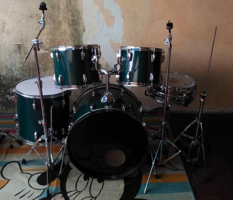 Drum set Tama Swing Star Non Cymbal + Bangku