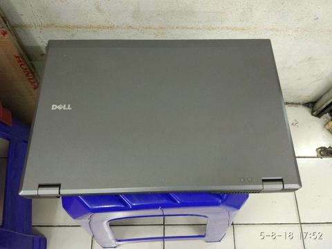"Dell latitude e5510.. core i5 2.53ghz/4/320/15"" wide/ SERIAL PORT.. muluss"