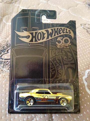 Hot Wheel Black & Gold 67 Camaro