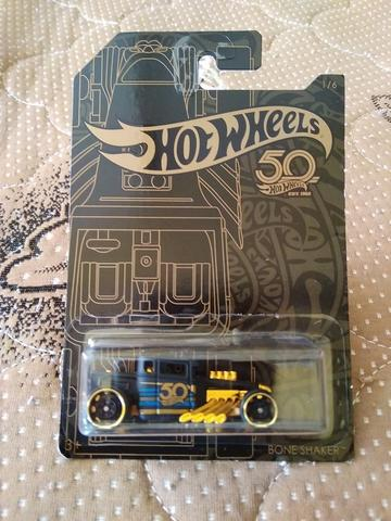 Hot Wheels Black & Gold Bone Shaker