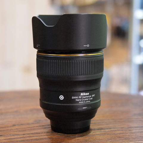 Nikon AF-S NIKKOR 35mm f/1.4G Nano | MINT CONDITION | 5577