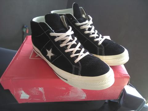 Sepatu / Shoes Converse One Star Mid Black Original size 44