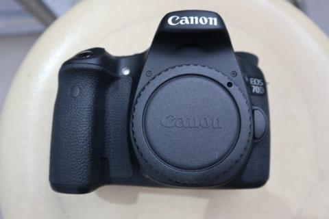 Canon 70D Wifi Kitt 18-55mm is ll mulus murah