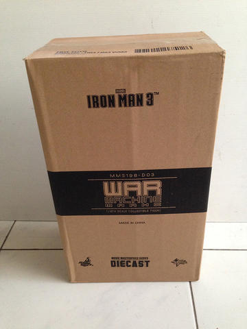 Hot Toys Iron Man 3 War Machine Mark 2 Diecast