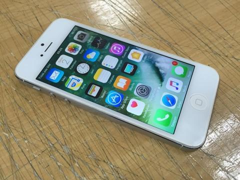 iphone 5 32gb 3G ... silver