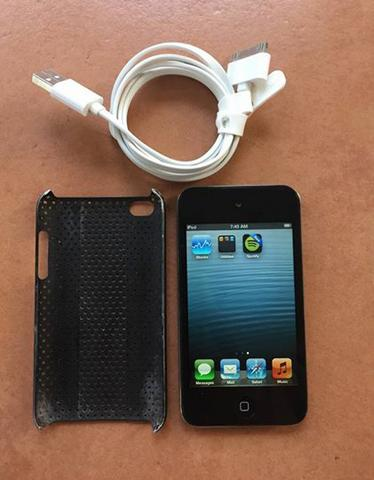 iPod Touch 4 4th Generation 8gb