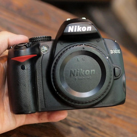NIKON D3000 KIT 18-55MM - GOOD CONDITION |9064