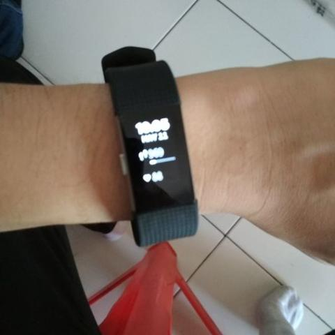 Smartwatch Fitbit Charge 2 Hitam