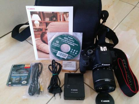 Canon EOS 700D with Lensa 18-55mm IS STM SC Rendah Mulus Touchscreen Like New