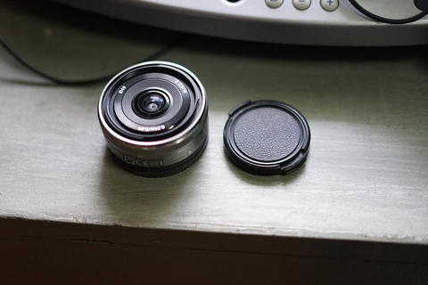 Sony sel 16mm f2.8 wide angle