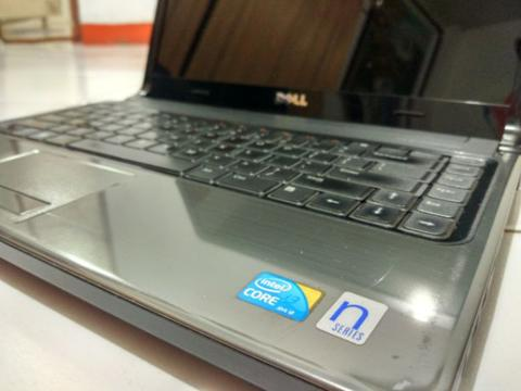 "Laptop 14"" Dell Inspiron 1464 core i3-330M 2,13 GHz 