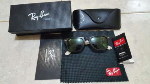 Rayban Wayfarer special edition NYC map
