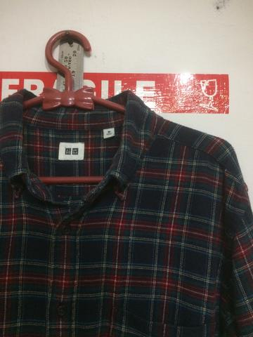 kemeja flannel uniqlo size M not polo levis
