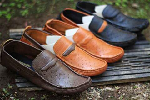 Sepatu Casual Kulit Crocodile Slip On Loafers Murah Ready Stock BNIB