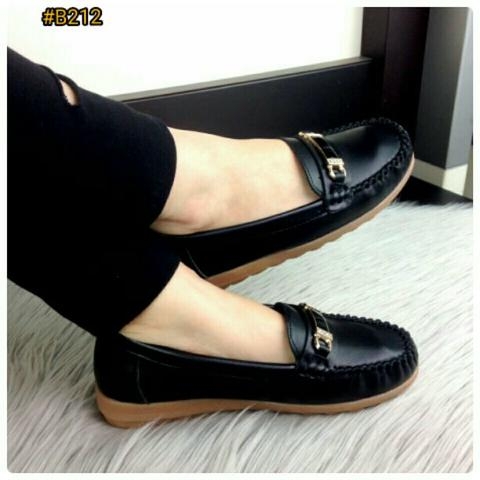 New Design Sepatu Fashion Wanita Murah Flat Shoes Branded Import Good Quality #B212