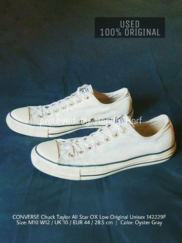 CONVERSE Chuck Taylor All Star OX Low Original Unisex 142229F Sepatu Sneakers Shoes