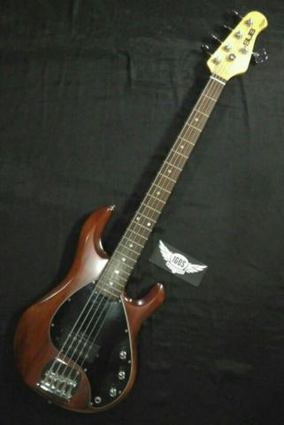 Bass Sterling Sub Ray5