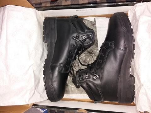 Magnum Patrol Chen boots, size 13/47/31cm, new!