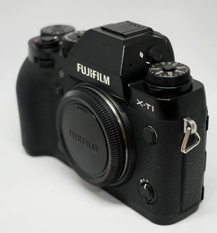 FUJIFILM X-T1 Body Only Like New