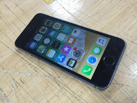 iphone 5s 32gb 4G space grey ... murah