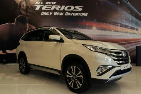 All new Terios Deluxe Dp cuma 30jtan angsuran ringan