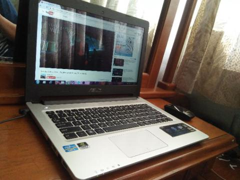 Laptop ASUS ULTRABOOK A46C gaming I7 no minus