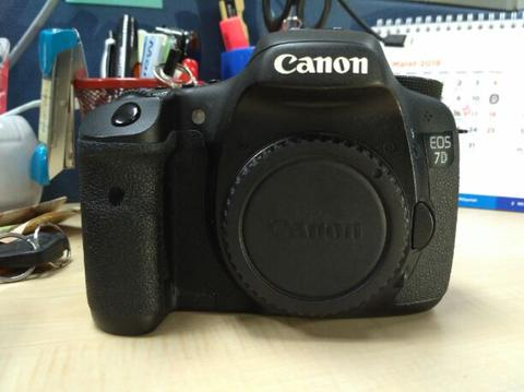 canon 7d body only mulus bukan canon 60d