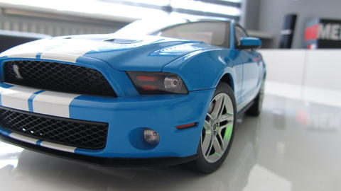 Autoart 2010 Ford Mustang shelby Gt500 1;18