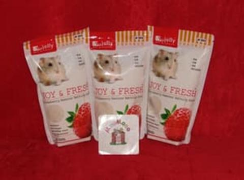 Jolly Bathing Sand Strawberry 500 Gr - Pasir Mandi Hamster
