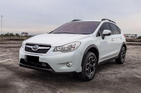 Subaru XV Thn 2013 pakai 2014 White perfect Condition