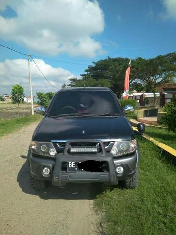 Isuzu Panther LV Turbo Adventure Tahun 2008
