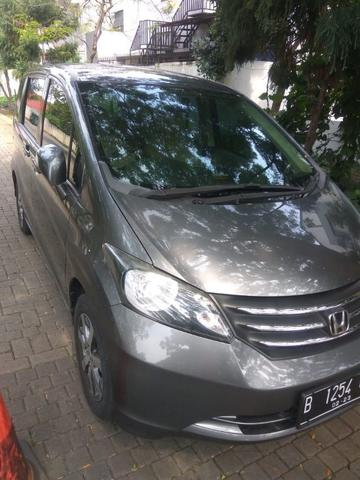 Honda Freed .