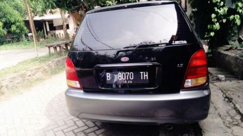 kia carens at th2000 siap mudik