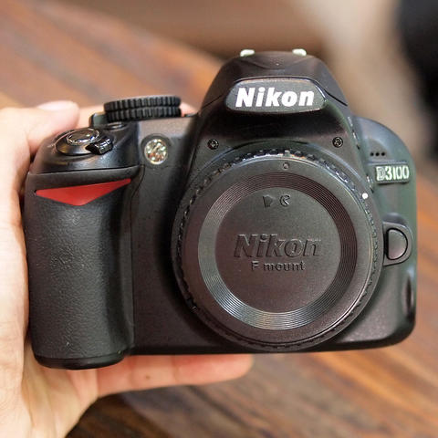 NIKON D3100 Kit 18-55mm SC 11RB AN - GOOD CONDITION | 2895